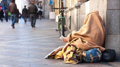 """""""homeless-in-Madrid"""""""