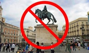 No in this statue - Free Tour Madrid